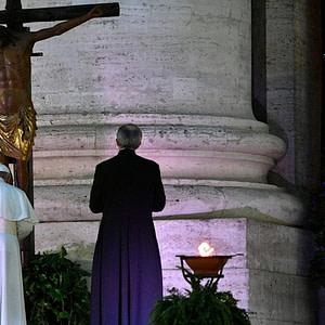 Preghiera del Papa alla croce di San Marcello al Corso, 2020